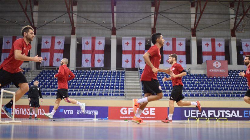 L'équipe géorgienne de futsal se prépare pour les matchs de la phase de qualification